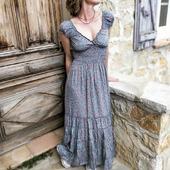 En attendant l'été...  #robes #belettecollection #eshop #robefleurie #picoftheday #dress #frenchriviera #tendance #look #mode #instalook #instamode #style #boutiqueenligne #tenuedujour #ootd #entrepreneuse